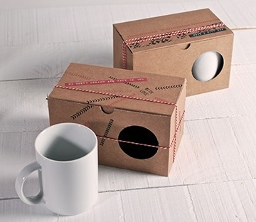 Personalized box for two mugs