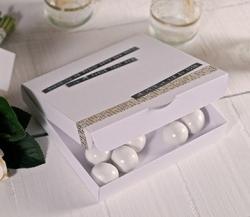 Caja sencilla para invitaciones de boda