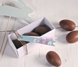 Rectangular boxes for chocolat eggs