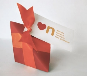 Triangular gift box for sweets