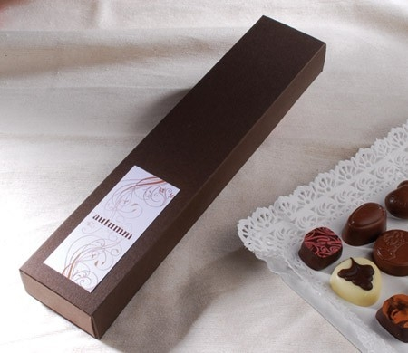 Little flat box for chocolates