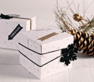 Scatola quadrata di Natale