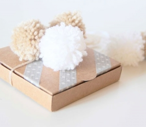 Little box with pompon decorations