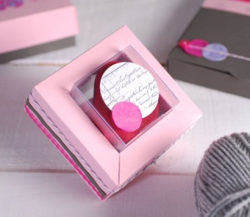 Pink gift box for wedding favours or invitations