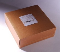 Presentation box, lifting lid