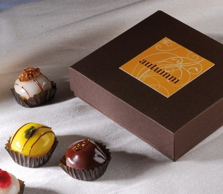 Smart small box for chocolates