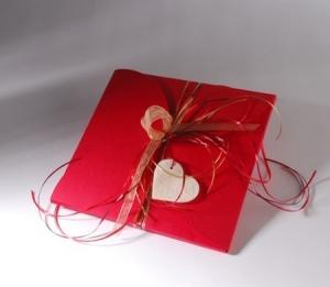 Caja roja para foulards