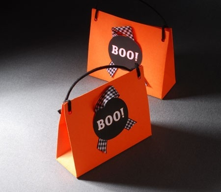 Gift bag for Halloween candy