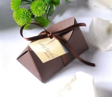 Cajita de cartón para bodas