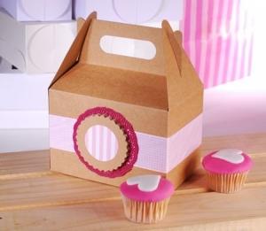 Picnic box for cupcakes