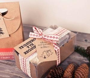 Caja para dos cupcakes para Navidad