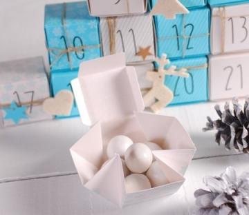 Box to make an advent calendar