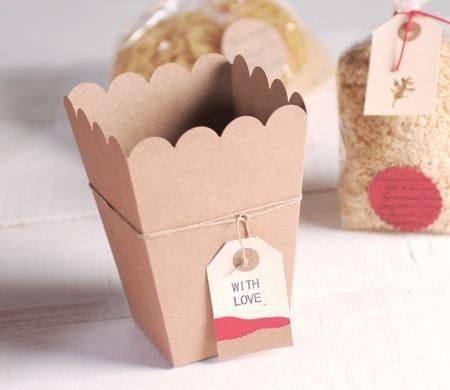 Popcorn box for birthday tables