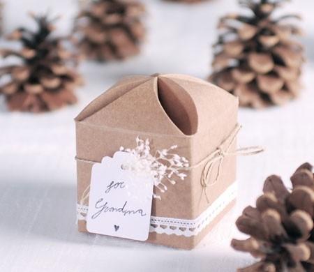 Caja original con cordel para regalar