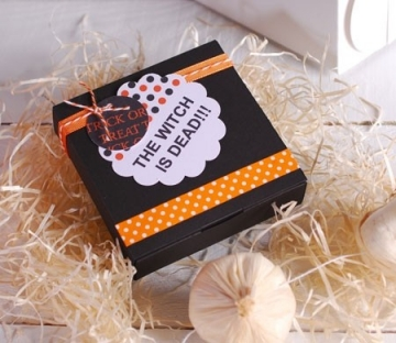 Square and black box for Halloween