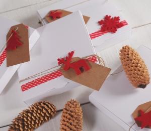 Flat box with Christmas pattern