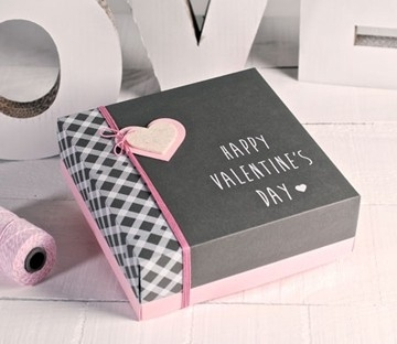 Square gift box for Valentine's Day