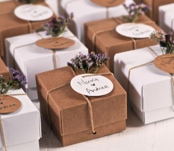 cajita kraft para detalles de boda
