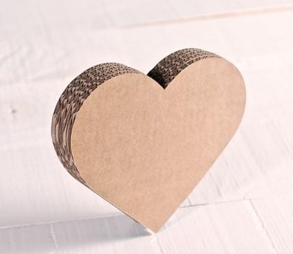 Corazón de cartón pequeño