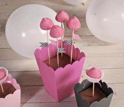 4 Cake Pops