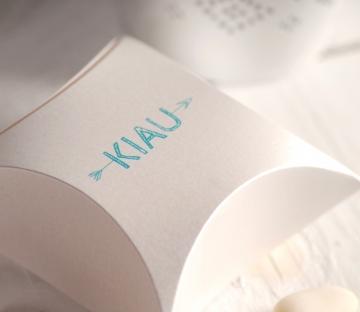 Caja regalo con logotipo impreso