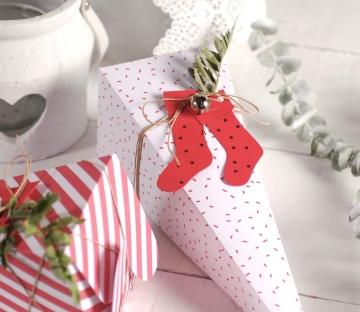 Caja cono en blanco y rojo