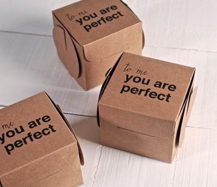Scatole stampate con frase you 39 re perfect selfpackaging - Cajas de carton decoradas para regalos ...