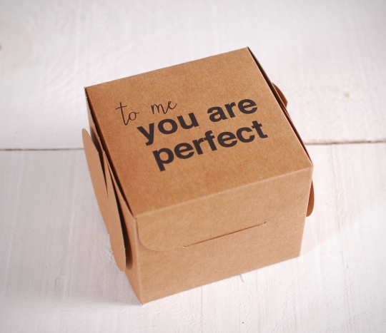 Cajas impresas con frase. You're Perfect