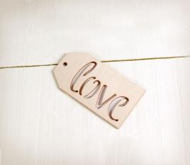 Etikett Love aus Holz