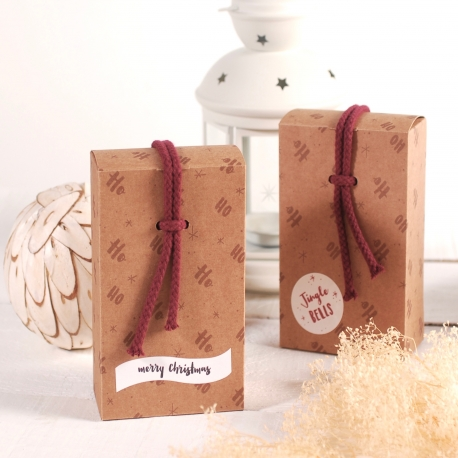 Christmas box with a string