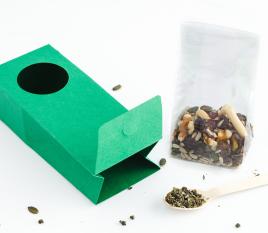 Caja con ventana para alimentación