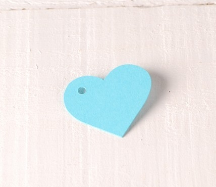 10 ciondoli cuore in cartone