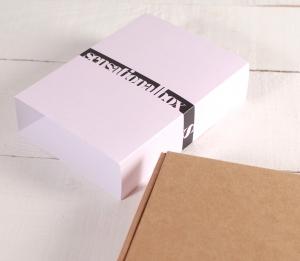 Box with a minimal sleeve