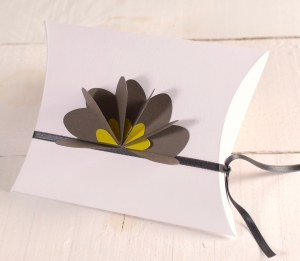 3D decorated gift box