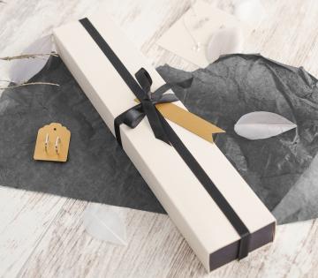 Elegant elongated box