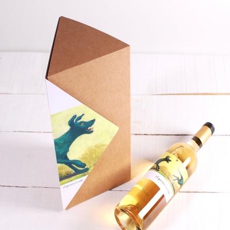 Triangular wine box decoration