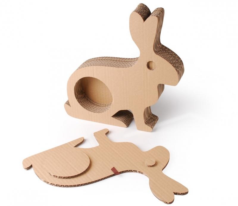 Coniglio in cartone per decorazioni