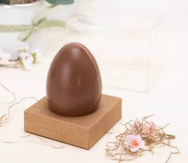 Scatola con nastro per un uovo di Pasqua