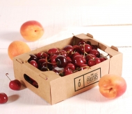 Box for small fruits.