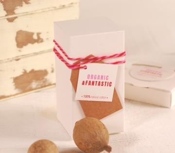 Caja ecológica para perfume