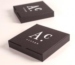 Elegante schwarze Schachtel