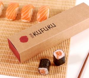 Längliche Schachtel für Sushi