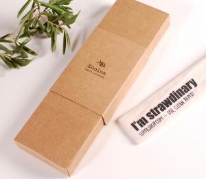 Caja para pajita reutilizable
