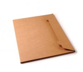 Carpeta de cartón para envíos