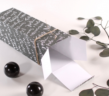 Individual Christmas box for wines