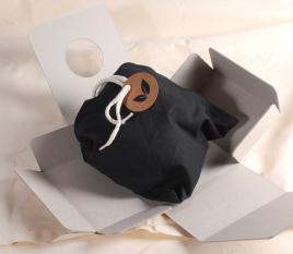 Caja automontable de cartón 100% reciclado